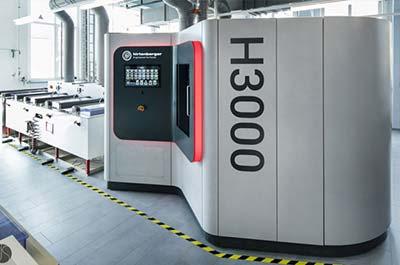 Keiko Projekt H3000 Display & Maschinenverkleidung